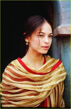 Kristin Kreuk in Partition Kristin Kreuk, Canadian Actresses, Female Actresses, Female Celebrities, Celebs, Lana Lang Smallville, Vancouver, Catherine Chandler, Charlotte Casiraghi