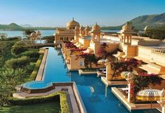 World's Most Exclusive Hotels - Oberoi Udaivilas in Rajasthan, India