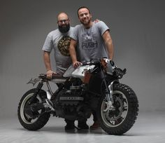 "Augh ""Suscettibile"" The Different Kappa - RocketGarage - Cafe Racer Magazine Bike Bmw, Bmw Motorcycles, Custom Motorcycles, Custom Bikes, Triumph Cafe Racer, Cafe Racers, K100 Bmw, R80, Bobber Custom"