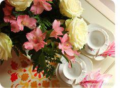 Susannan Työhuone - päiväkirja vanhalta rautatieasemalta: kesäkeittiö Rose, Flowers, Plants, Pink, Plant, Roses, Royal Icing Flowers, Flower, Florals