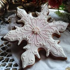 pink flakes by Teri Pringle Wood | Cookie Connection