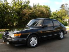 Classic Preppy Cars of the 80s-SAAB