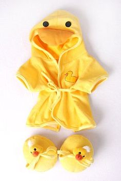 Duck Bathrobe & Slippers to fit Build a Bear / Bear Factory Bears: Amazon.co.uk: Toys & Games