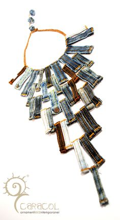 love this belt loop necklace!