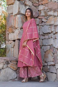 Latest Kurti Design WEDDING JEWELLERY PHOTO GALLERY  | 4.BP.BLOGSPOT.COM  #EDUCRATSWEB 2020-05-13 4.bp.blogspot.com https://4.bp.blogspot.com/-14er_hb_OK4/TXEZLeEPtlI/AAAAAAAAYRo/JA5Ucir1Z8g/s400/Indian_Bridal_Jewellery_Designs2.jpg