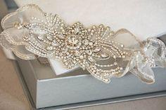 accessories garter Bridal Garter Set - Feuilles (Made to Order) Perfect Wedding, Dream Wedding, Wedding Day, Wedding Anniversary Gifts, Garter Belt Wedding, Bridal Garters, Lace Garter, Bridal Shoes, Lesage