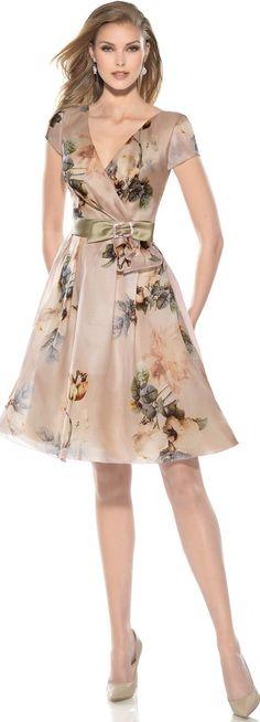 ideas for dress floral outfit beautiful Trendy Dresses, Elegant Dresses, Cute Dresses, Short Dresses, Fashion Dresses, Jw Mode, Dress Skirt, Dress Up, Lace Dress
