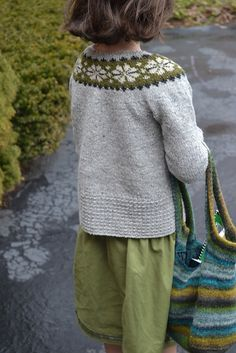 Ravelry: motherbee's child's Seamless Yoke Sweater