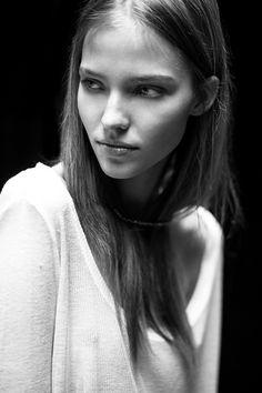 LIMEROOM modeltest | Sasha Luss by Kevin Ohana