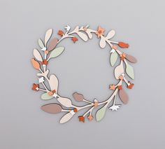 Wooden Christmas Wreath door AnnaWiscombe op Etsy https://www.etsy.com/nl/listing/209031025/wooden-christmas-wreath