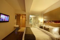 #Luxury deluxe rooms in #hotel comfort inn legacy to enjoy holidays and feel relax in #Rajkot