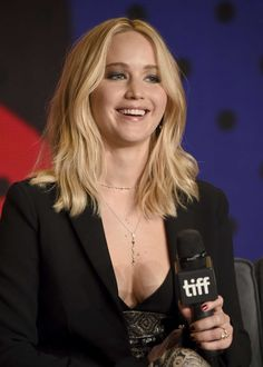 Jennifer Lawrence gets glam while promoting her new movie mother!, at the 2017 Toronto International Film Festival!press conference on Sunday (Sept 10) in Toronto, Canada.