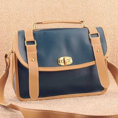 Vintage design classy and fabulous, womens blue shoulder #bag