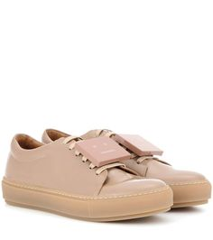 ACNE STUDIOS Adriana Patent Leather Sneakers. #acnestudios #shoes #sneakers