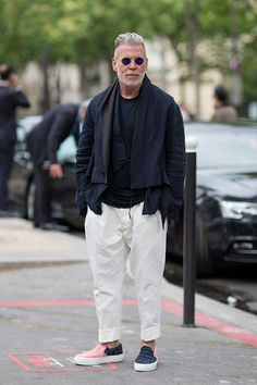 7cf33387953 Street Style Archives - Page 6 of 198 - Best Dressed Man on the Planet