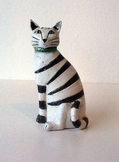 """Sitting Cat"" by Anna Noel Ceramic Animals, Clay Animals, Ceramic Art, Clay Cats, Sculptures Céramiques, Cat Crafts, Cat Jewelry, Cat Art, Kitsch"