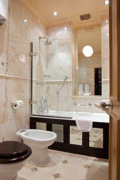 Now showing photo 24, Davis Suite Bathroom