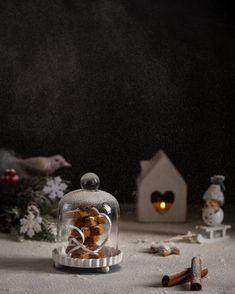 or ( in german) Christmas Cookies, Snow Globes, German, Drinks, Food, Decor, Xmas Cookies, Deutsch, Drinking