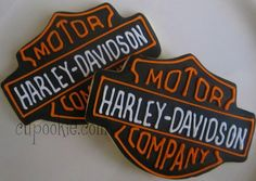 Harley Davidson Cookies by Cupookie Car Cookies, Logo Cookies, Royal Icing Cookies, Dad Birthday Cakes, Adult Birthday Party, Funny Birthday Cards, Birthday Wishes, Bolo Harley Davidson, Baby Crafts To Make