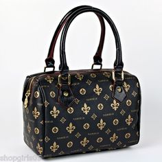 NEW !! BEAUTIFUL FLEUR DE LIS PURSE.  HAS ZIP TOP CLOSURE.  MEASURES APPROX. 10 INCHES WIDE BY 7 INCHES TALL AND 5 INCHES DEEP. REALLY PRETTY!!!!