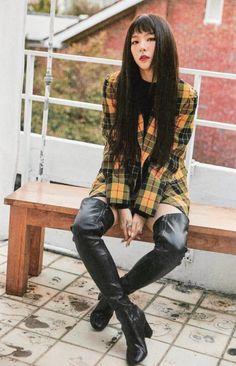 Seulgi's style tho 👏 Red Valvet, Red Velvet Irene, Red Velvet Seulgi, Kang Seulgi, K Pop, Park Sooyoung, Kim Yerim, Velvet Fashion, Violet