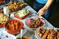 Chorizo, Bruschetta, Paella, Chicken Wings, Snacks, Meat, Ethnic Recipes, Party, Food
