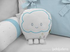 Toy Nuvem [Home Decor, Toy Art]  by Ladoludens (Mateus Andrade & Alessandra Marques).