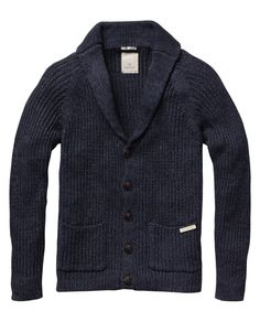 Long-sleeved knitted cardigan