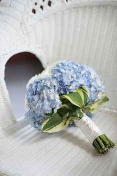 hydrangea bouquet for the bridesmaids