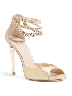 Amazon.com: GUESS by Marciano Dabby Sandal: Shoes