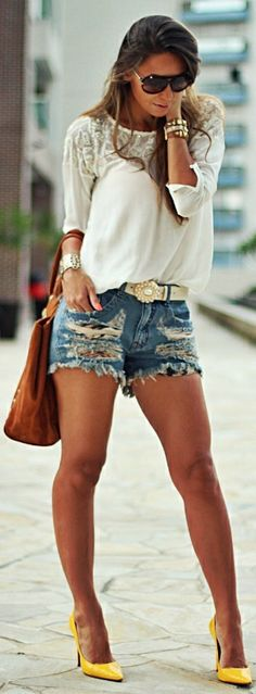 Destroyed Shorts n Yellow Pumps