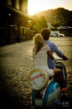 tidak ada yang sempurna, saat kedua hati mampu menerima apa adanya kamu dan dia pantas bersama