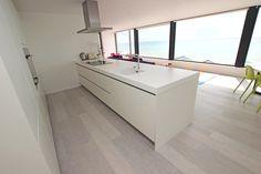 Contemporary kitchen design in a Brighton home - Adelto  #smart #kitchens