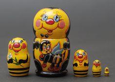 Hey, I found this really awesome Etsy listing at https://www.etsy.com/listing/170239170/bee-nesting-dolls-matryoshka-set-of-5-pc