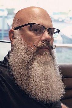 Grey Beards, Long Beards, Long Beard Styles, Hair And Beard Styles, Barba Grande, Beard Cuts, Bald With Beard, Beard Model, Short Beard