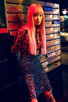 The latest story from Grazia Australia celebrates homegrown beauty Fernanda Ly. The top model poses in colorful looks from the fall 2016 collections underneath the glow of neon lights. Photographed by David Mandelberg and styled by Aileen Marr, the pink-haired beauty hits the streets in standout pieces. From Dior's silk prints to Gucci's sequin embroideries, … Asian Fashion, Colorful Fashion, 90s Fashion, Wild Fashion, Night Photography, Editorial Photography, Fashion Photography, Fashion Shoot, Editorial Fashion