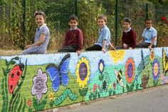 SOUTH WOODFORD: New mural for school pupils