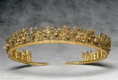 Diadem, hammering, riveting, soldering, inlay, filigree, gold, glass and enamel. Found in Canosa, southern Italy; Hellenistic circa 3rd century BC