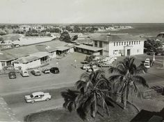 Ward one of the old Darwin Hospital with the administration block of the hospital (left) and the army barracks in the background. Darwin Nt, Pauline Hanson, The Old Days, First Nations, Vietnam, Old Things, Army, Australia, History