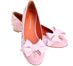 Brigitte ballerinas. No one does bows like Saint-Honoré Paris!
