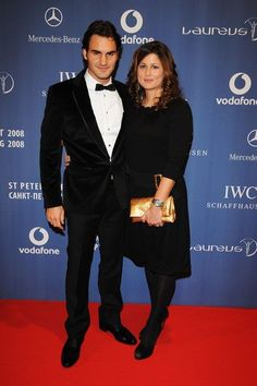 One of the most Beautiful photos of Roger Federer and Mirka Federer. Baseball Players, Tennis Players, Roger Fedrer, Roger Federer Family, Mirka Federer, Mercedes Benz, Monica Seles, Andy Roddick, Tennis Legends