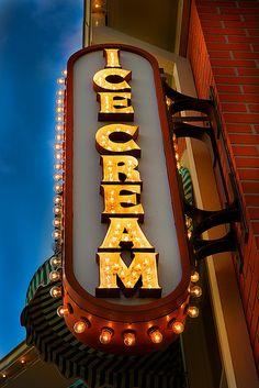 Magic Kingdom - Main Street USA by Matt Pasant, via Flickr