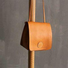 Handmade leather vintage women phone bag shoulder bag crossbody bag