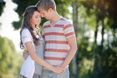 Love some of these couple pictures for engagement or wedding