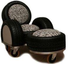 Interesante sofá elaborado con neumáticos usados.