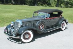 The 1933 Chrysler Imperial Eight CL is a true classic