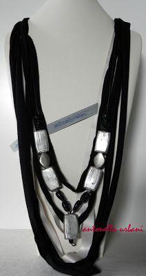 collana fettuccia vetro bianco e nero