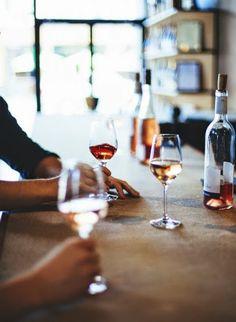 Prendre un verre entre amis! Quel bonheur! (Alcool ou non on s'en fou! C'est le moment qu'on vit qui compte!)