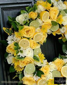 Love this lemon and lime wedding centerpieces at a lemonade station! Would only last a day but still so pretty Diy Wreath, Door Wreaths, Wreath Ideas, Flyer Inspiration, Lime Wedding, Yellow Wedding, Spring Wedding, Corona Floral, Lemon Party