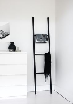 The Design Chaser: Interior Styling | Small Spaces on a Budget